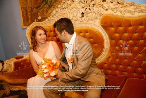 bouquet cartuchos blanco lirios naranja (1)