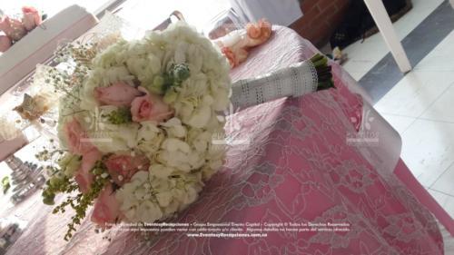 bouquet hortensias rosas lila  (3)