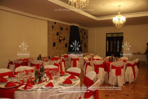 mantel base blanco redondo blanco camino rojo fajon servilleta rojo forro multiuso militar (4)