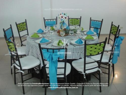 menaje sillas tiffany mantel base chocalate tapa blanca cuadros fajon verde pistacho azul agua marina