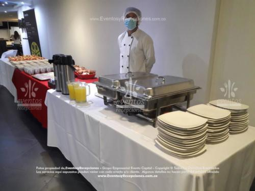 montaje mesa buffet  (1)