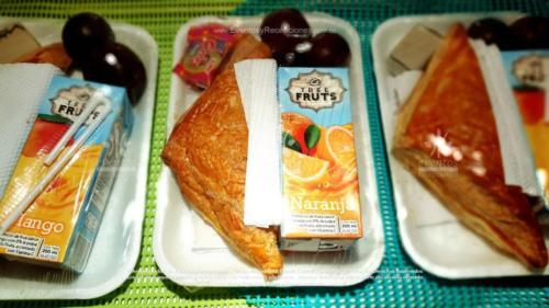 Refigerios empacados Pastel Pollo Jugo caja Fruta Golosina  (7)