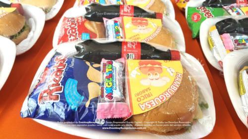 Refrigerios empacados Hamburguesa Paquete papas Gaseosa Golosina (4)