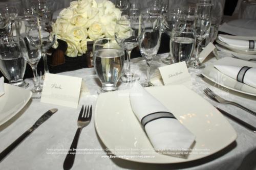 decoracion servilleta blanca cinta de agua (1)