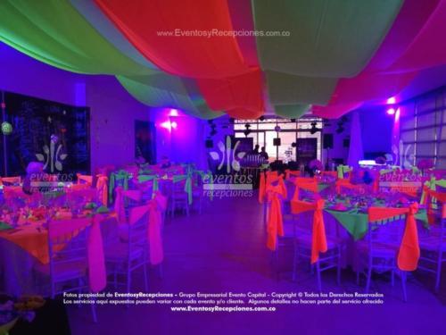 evento full tematica neon (21)